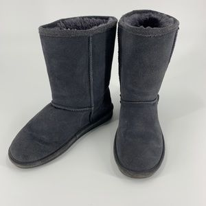 Bearpaw gray tall furry boots size 9